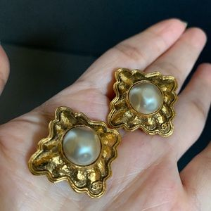 Chanel vintage gold plated clip on earrings